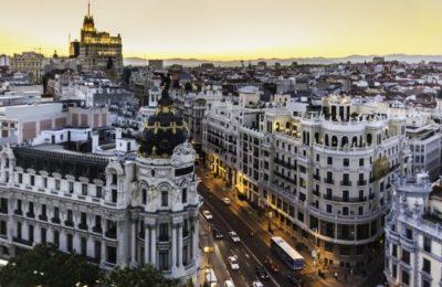 Pracujesz jako AuPair w Madrycie? Szukasz pracy lub studiujesz? Oferujemy ranne kursy dwa razy w tygodniu, wieczorne piątki lub poranne soboty w naszej szkole w Madrycie!