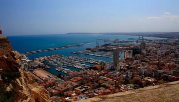 widok z zamku sw Barbary w Alicante