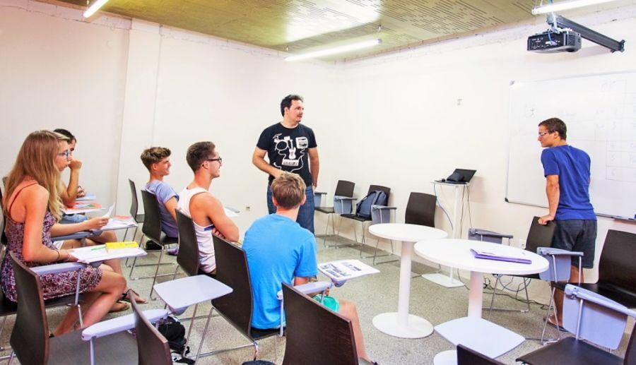 nauka języka hiszpańskiego w Hiszpanii, kursy języka hiszpańskiego w Hiszpanii