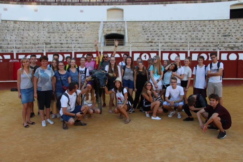 oboz hiszpanskiego dla mlodziezy szkolnej w Maladze