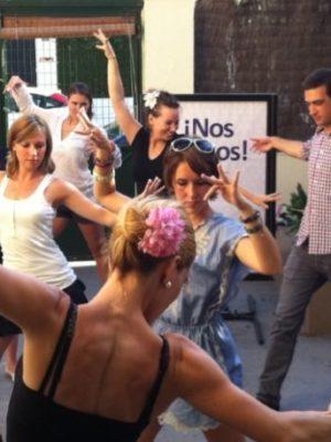 Malaga to ekwintesencja hiszpańskiej kultury. Flamenco widać tutaj na ulicy. Ludzie śpiewają, tańczą i czerpią z tego. My chcemy przybliżyć Tobie tę sztukę. Zabierzemy Ciebie i przeżyjemy razem wspaniały pokaz flamenco!