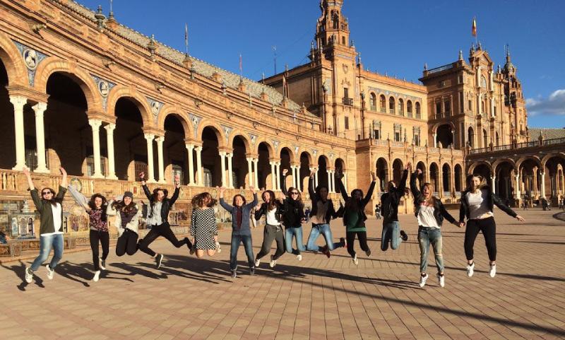 kurs hiszpanskiego dla grup szkolnych